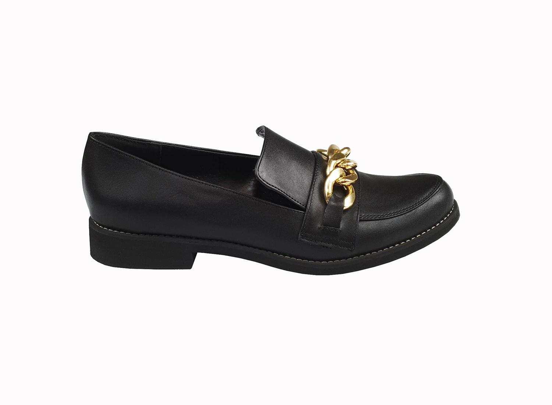 Amalia leather loafer in black