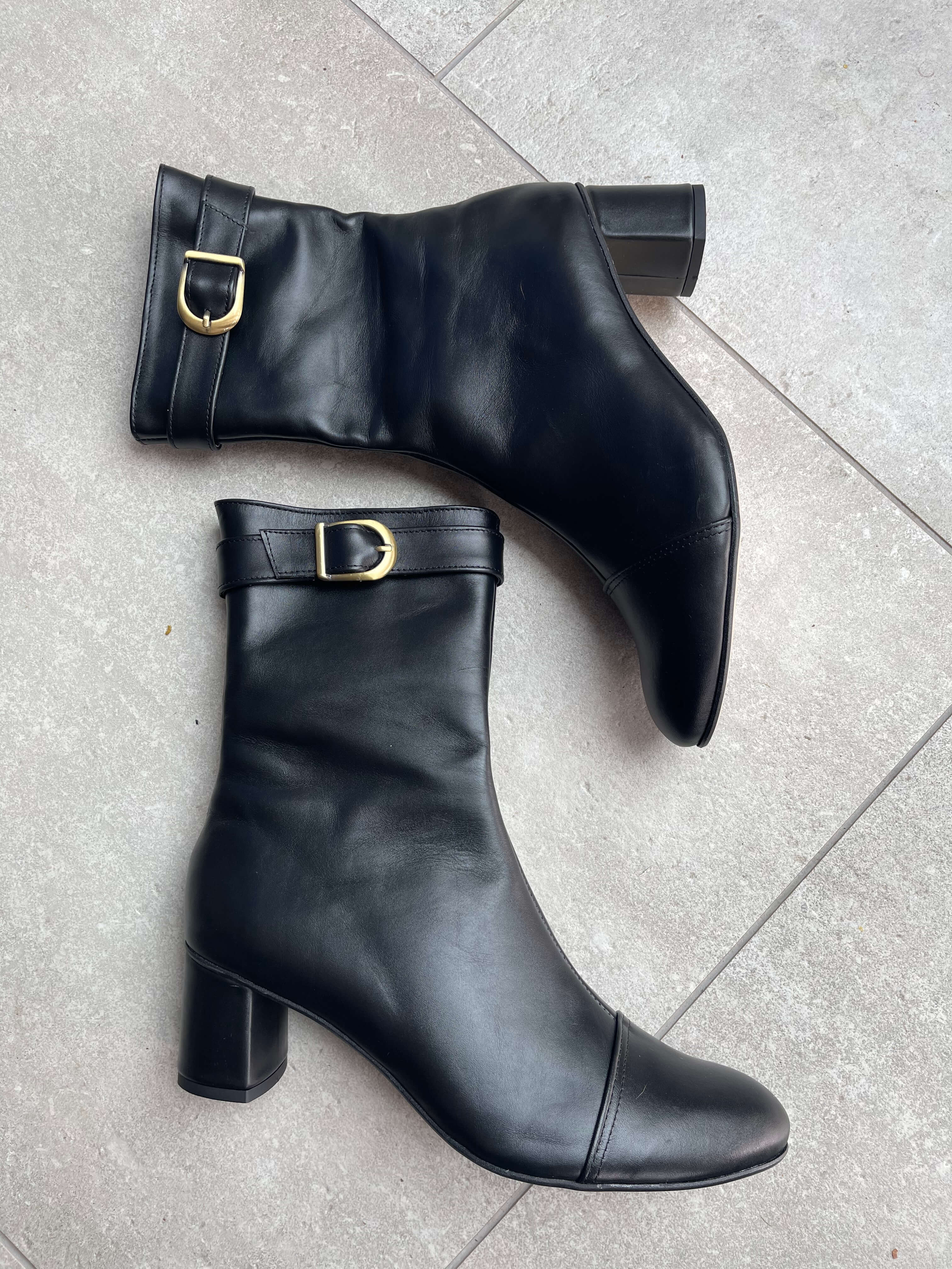 Amelie block heel ankle boots in black leather