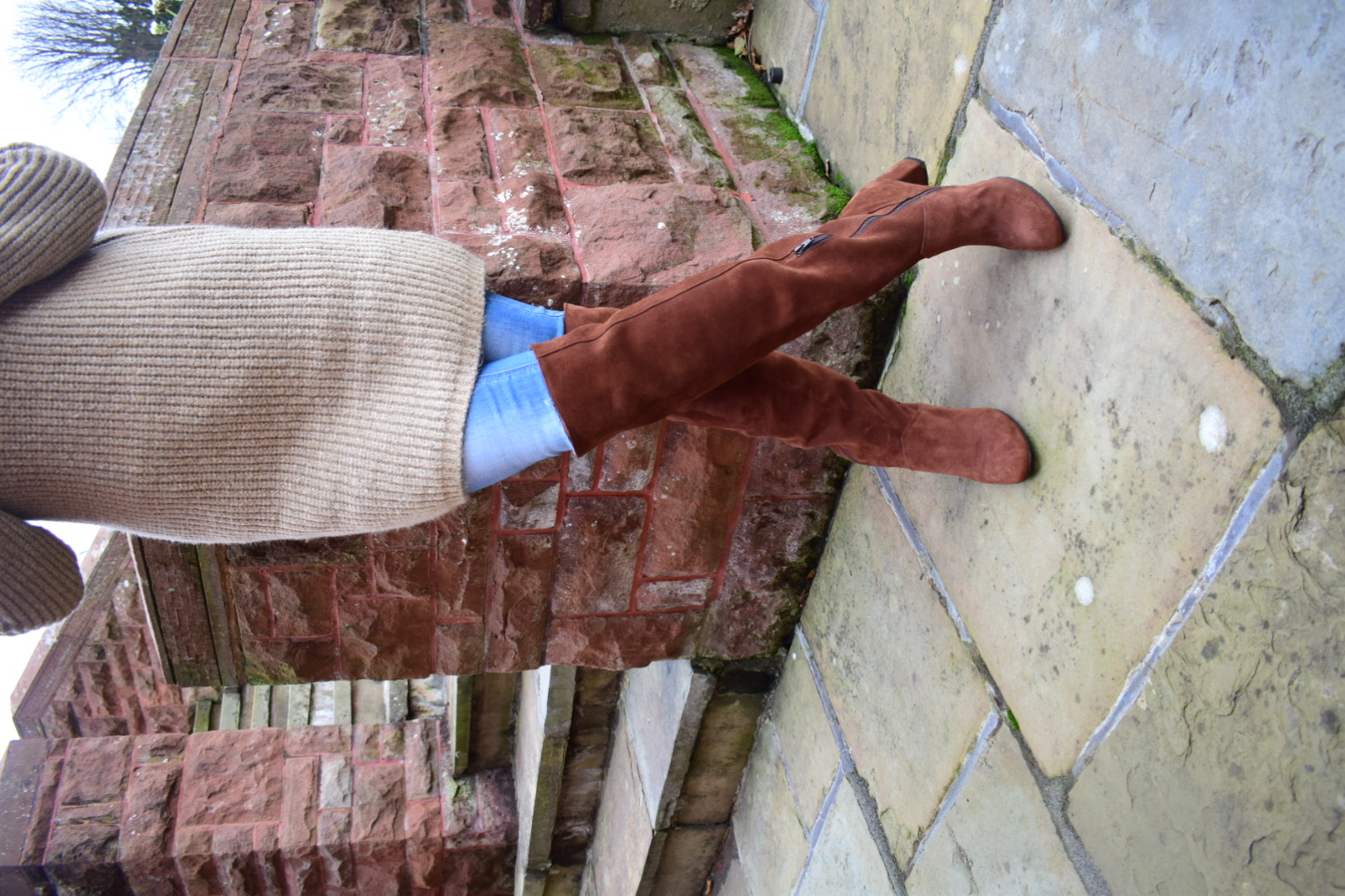 Donna over-the-knee boots in suede