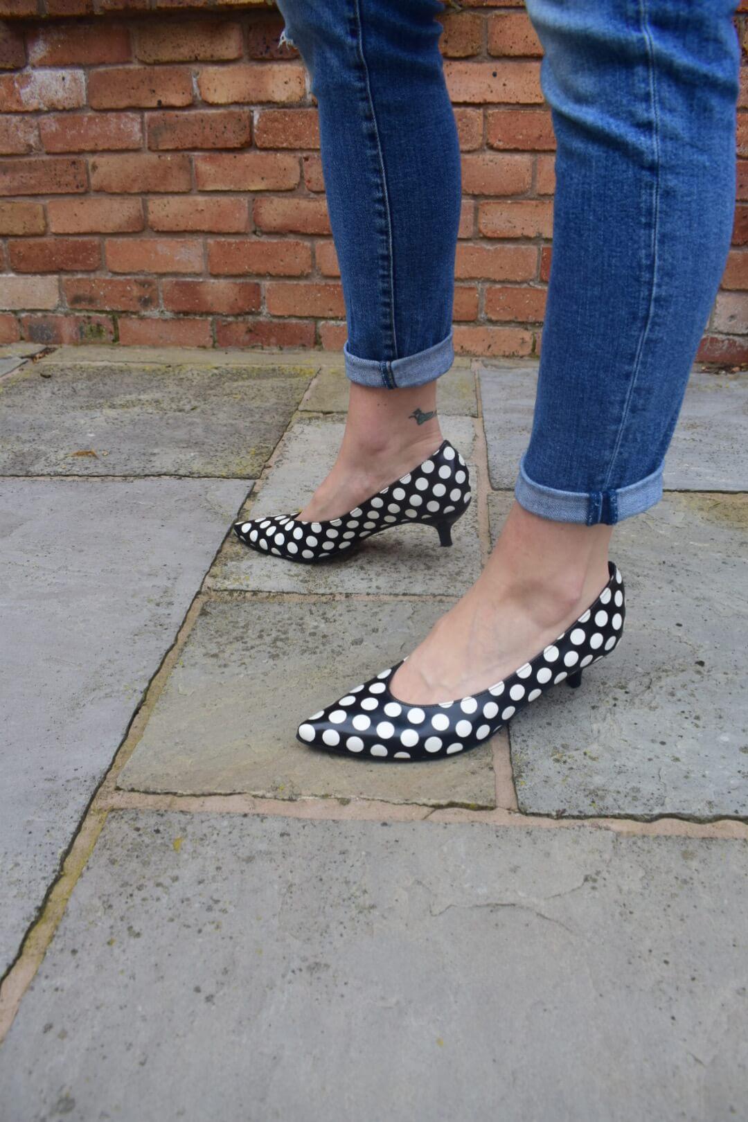 Kiki S pointed toe kitten heels - polka dot