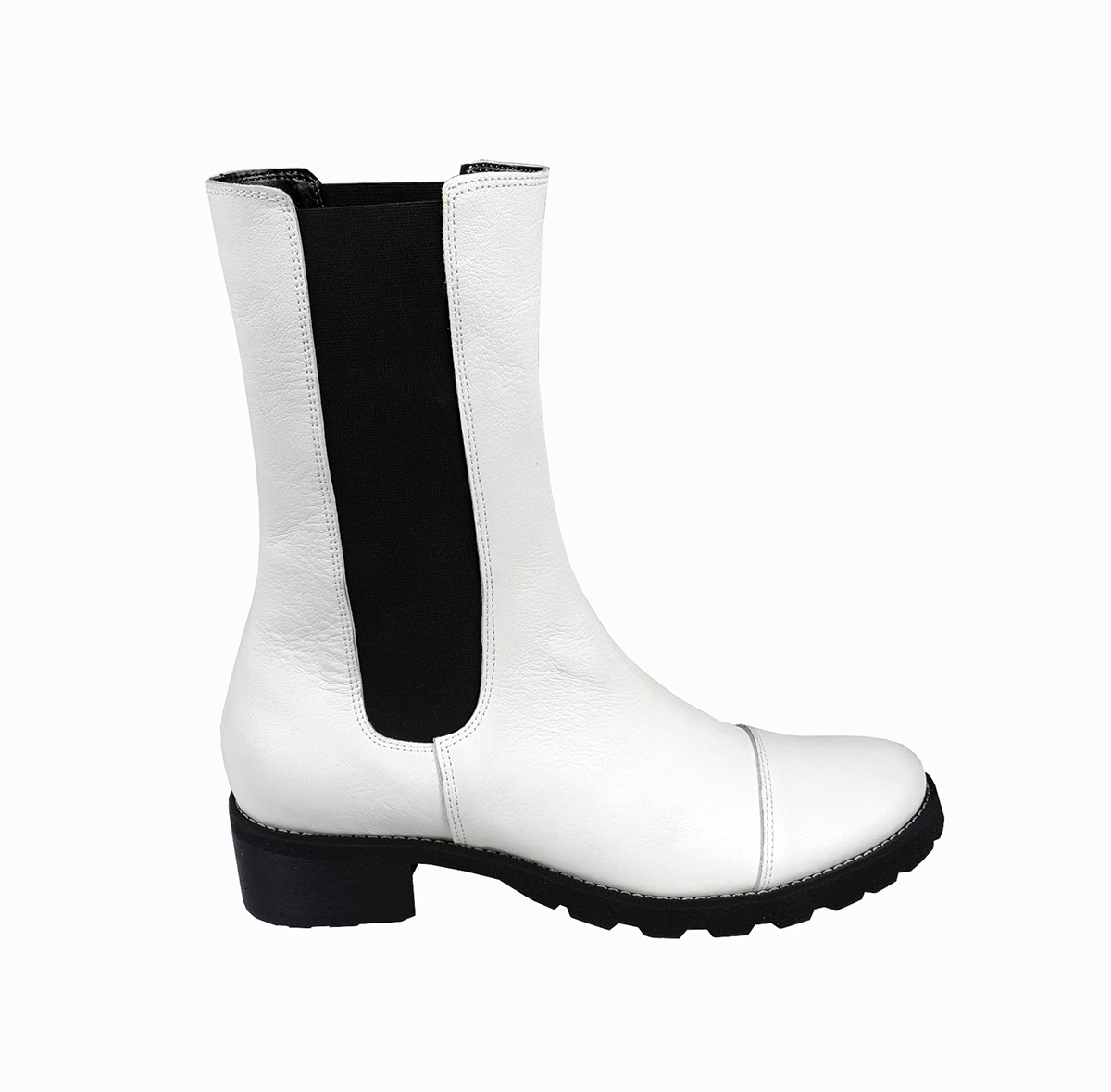 Stella chunky pull-on boot in white leather