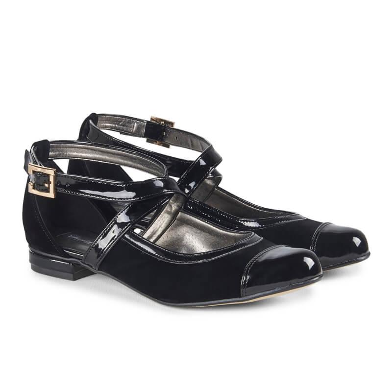 Simona black leather flats